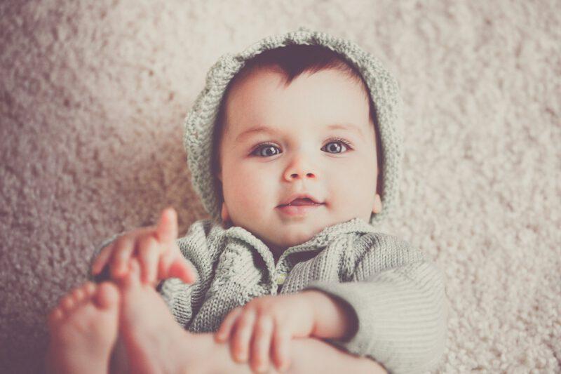 Ubieramy maluszka – ubrania dla niemowląt